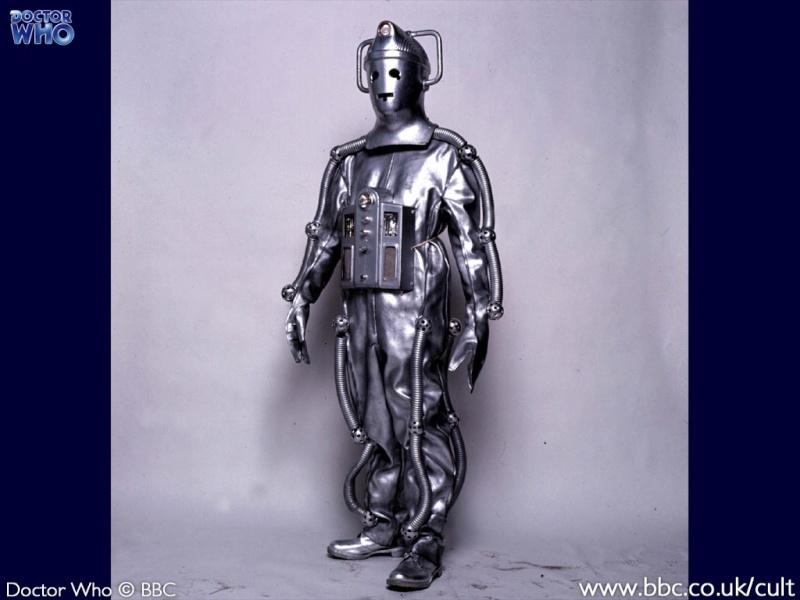 Les Cybernautes (The Cybernauts) 331