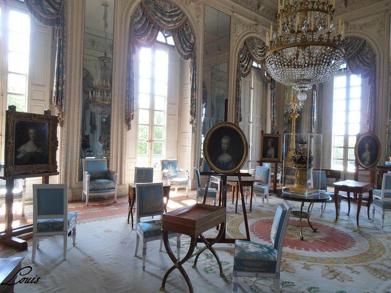 """Exposition """"Les Dames de Trianon"""" -juillet-octobre 2012 P7010411"""