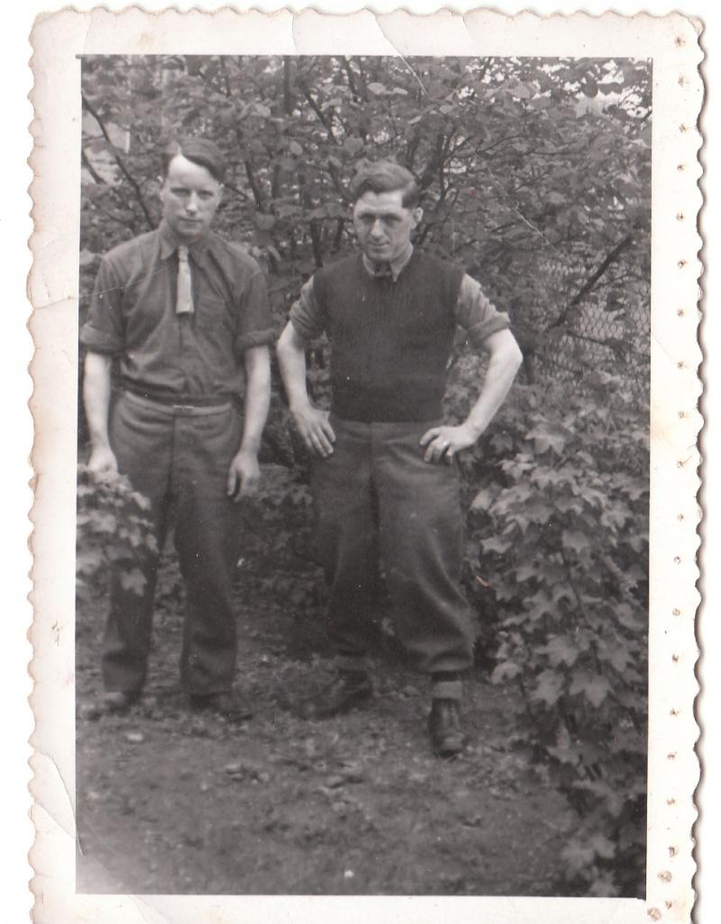Camps de Prisonniers de Guerre (doc 5è Bureau) - Page 3 Img_0458