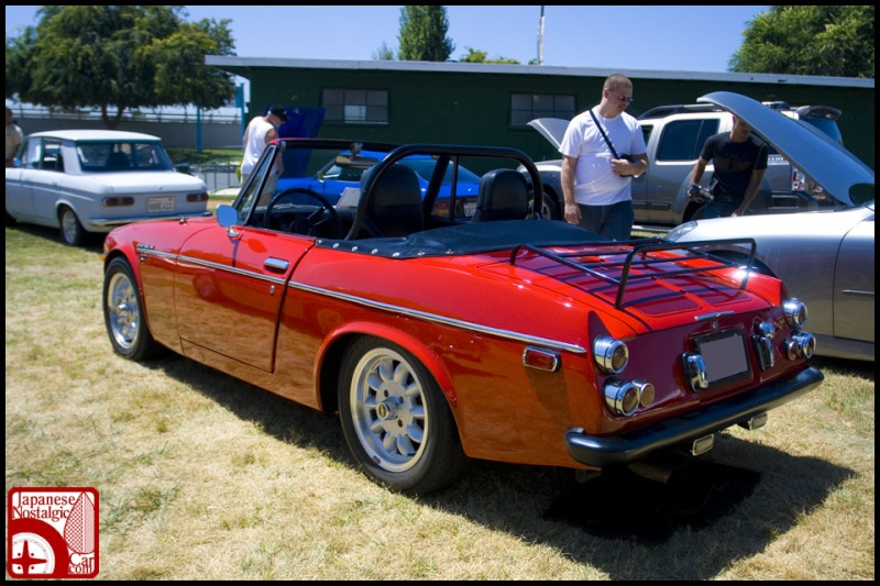topic datsun fairlady sp311 roadster Mjs20014