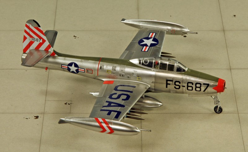 "Republic F-84 E ""Thunderjet"" [1:72 - HobbyBoss] Img_9970"