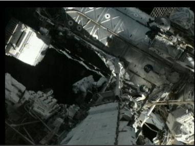 ISS: (US EVA#20) Réparation radiateur poutre P6 (fuite ammoniac) Eva_2010