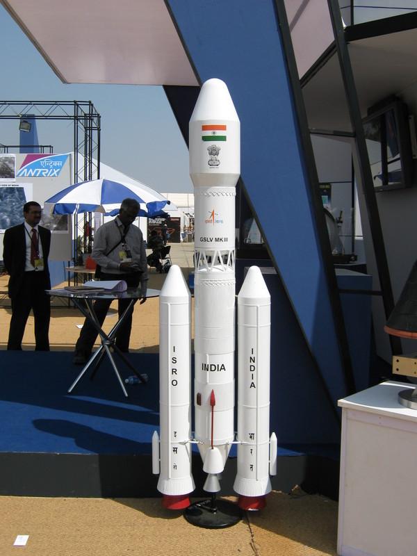 Le lanceur indien LVM 3 (ex GSLV MkIII) - Page 2 Gslvmk10