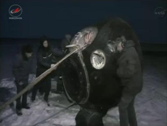 (TMA-05M): Lancement, amarrage & retour sur Terre. - Page 3 Soyuz-11