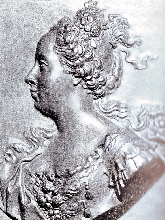 Les coiffures au XVIIIe siècle  Coiffu11