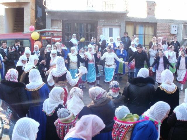 Ribnovo'daki Pomak düğünleri. 42906610