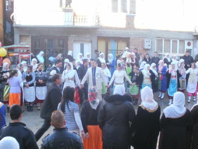 Ribnovo'daki Pomak düğünleri. Rafie10