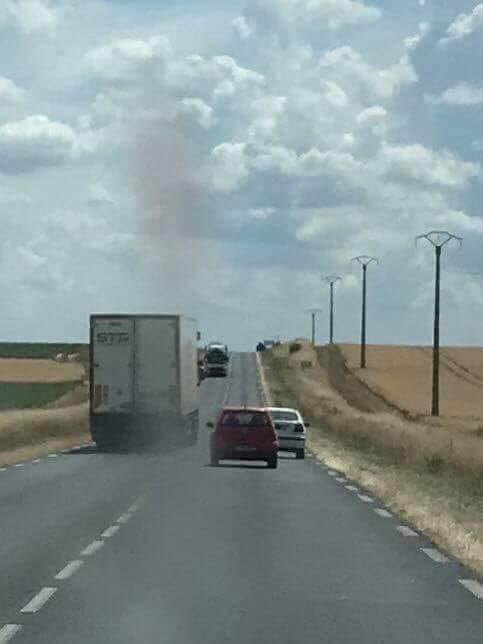 80km/h sur les routes - Page 6 Camion10