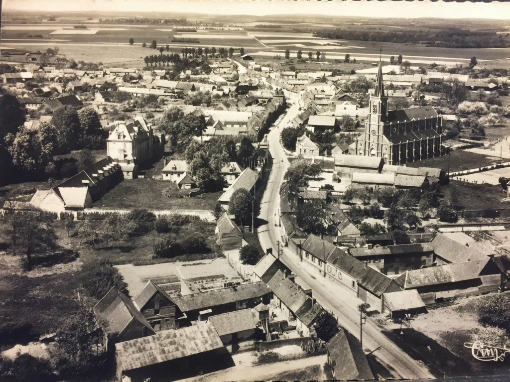 le CHATEAU : photos, cartes postales anciennes et photos actuelles 93661710