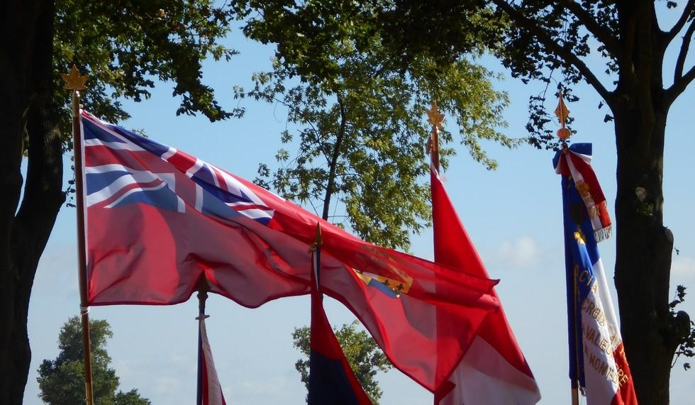 08 aout 2018 : commémoration cimetière canadien LE QUESNEL Dscn1110