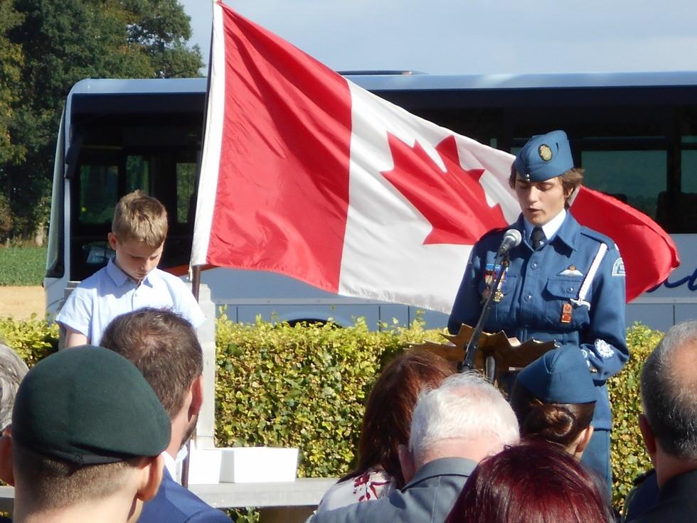 08 aout 2018 : commémoration cimetière canadien LE QUESNEL Dscn1155
