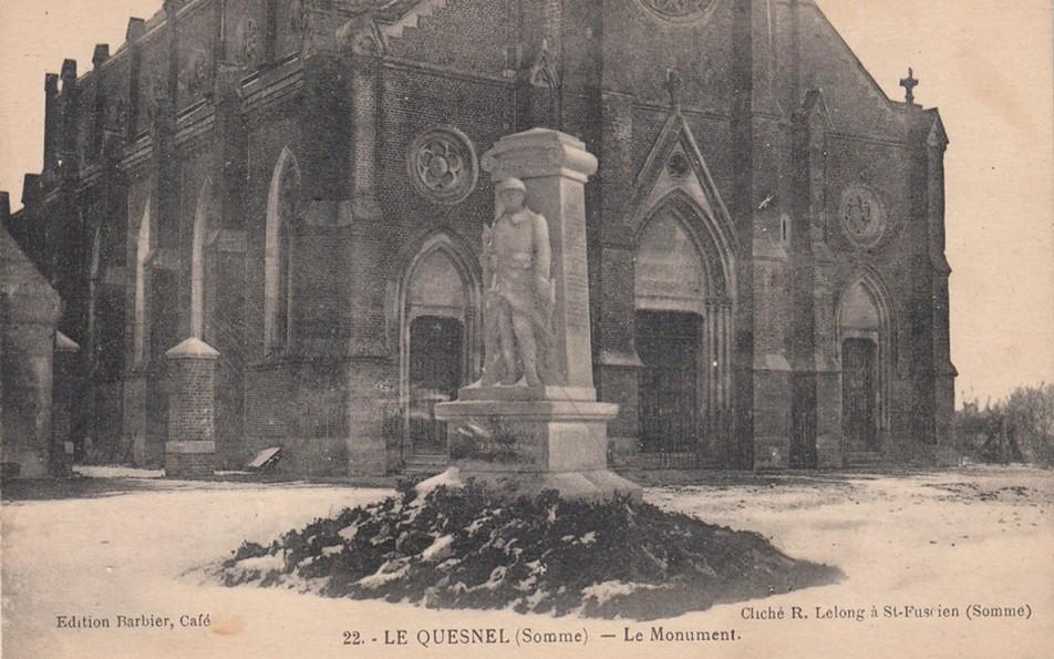 le MONUMENT AUX MORTS Monume10