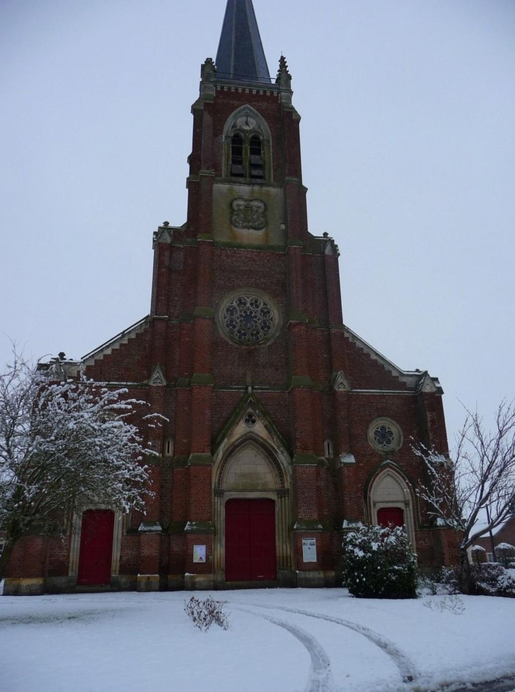 L'EGLISE de Le Quesnel : église Saint léger. Sans_t37