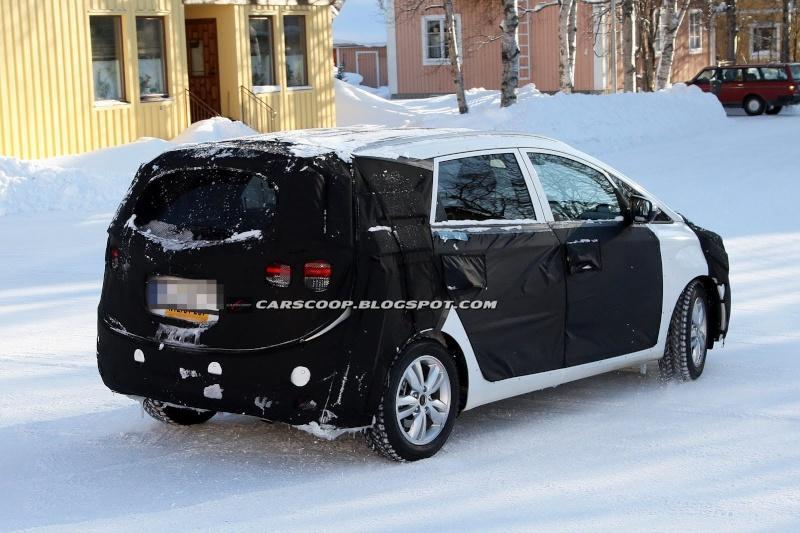 2012 - [KIA] Carens III Kia-ce14