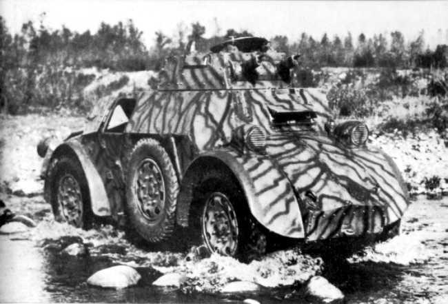 Vehiculos y Tanques capturados por los Alemanes Autobl10