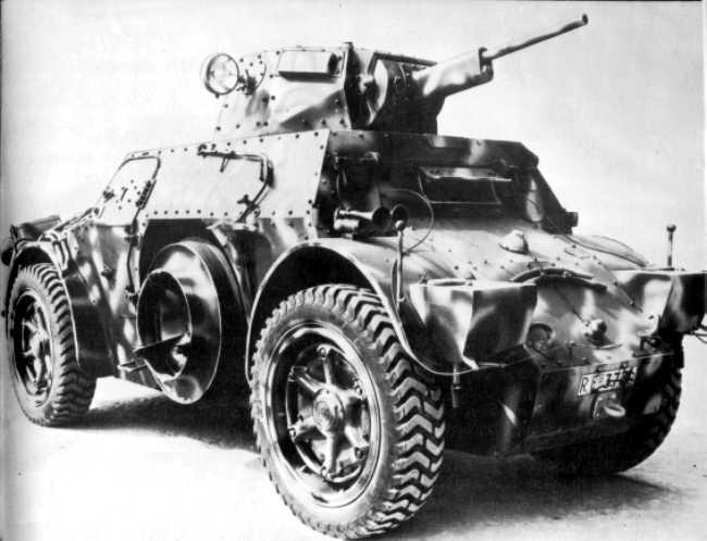 Vehiculos y Tanques capturados por los Alemanes Autobl11