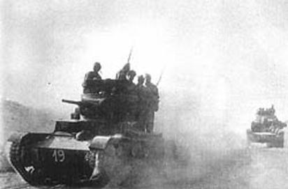 Vehiculos y Tanques capturados por los Alemanes Mu_val11