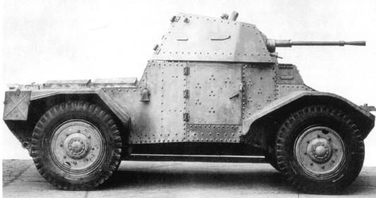 Vehiculos y Tanques capturados por los Alemanes Panhar10