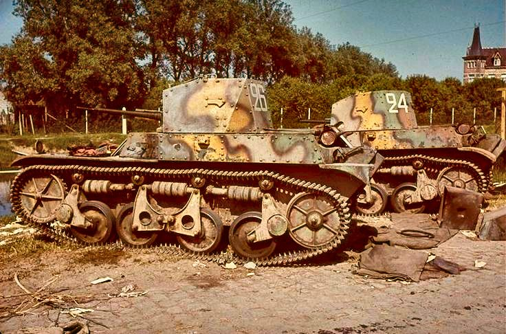 Vehiculos y Tanques capturados por los Alemanes Panzer10