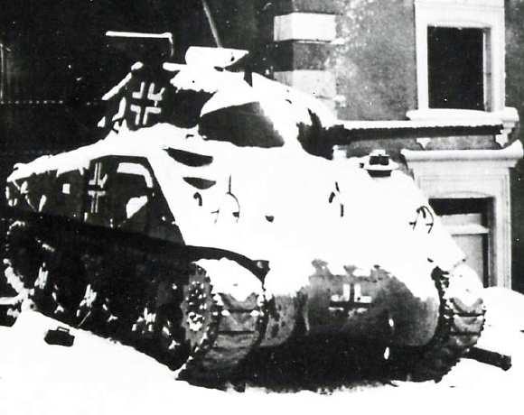 Vehiculos y Tanques capturados por los Alemanes Panzer12