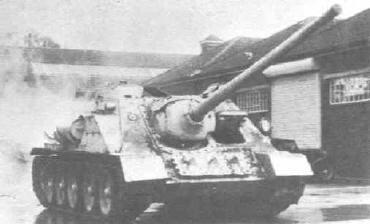 Vehiculos y Tanques capturados por los Alemanes Su-10010