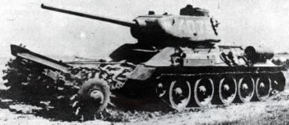 Vehiculos y Tanques capturados por los Alemanes T-34-811