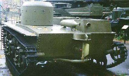 Vehiculos y Tanques capturados por los Alemanes T-3810