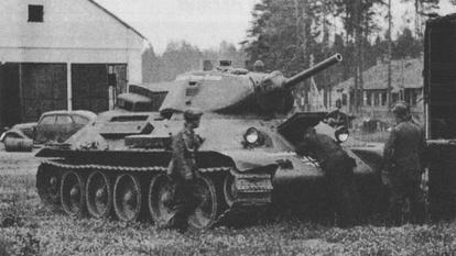 Vehiculos y Tanques capturados por los Alemanes T_34_e11