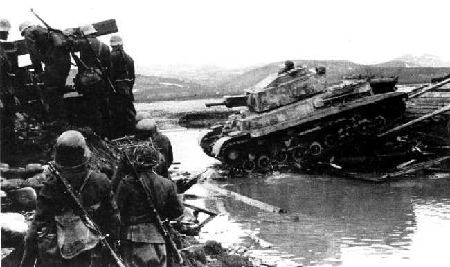Vehiculos y Tanques capturados por los Alemanes Turani10