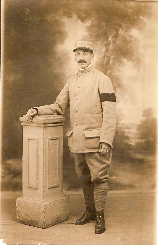 Camion Chatillon Panhard 1917 - résine de chez Blitz au 1/35 - Page 3 Julien10