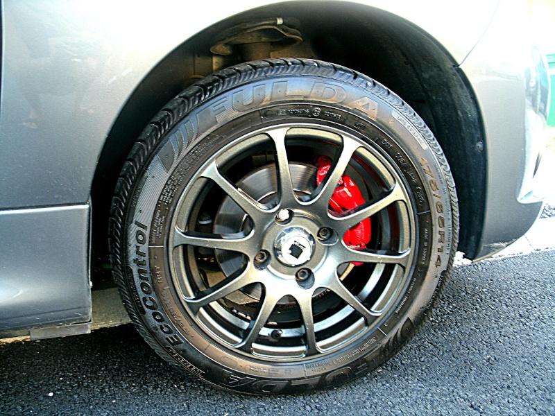 206+ matthieudu70 etrier de frein peint en rouge page 6 - Page 4 Gedc0616