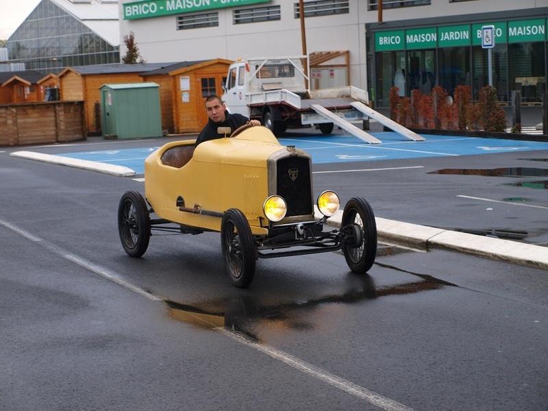 Construction d'un cyclecar Peugeot sur quadrilette 1928 Pb043410
