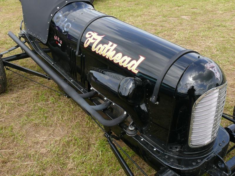 1ier EUROPEAN H0T R0D & Custom Show sur Chimay! 23-24/6/2012 - Page 10 P1090113
