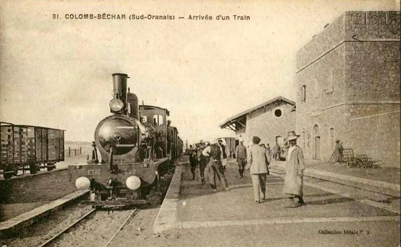 Les Trains... du désert et d'ailleurs - Page 3 Gare_b10