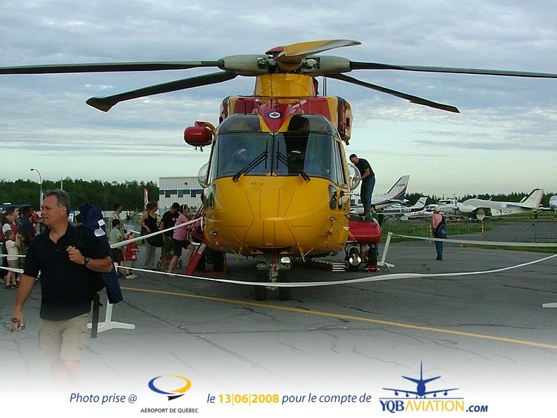 Plein de Photos du Quebec Air Show.... As1010