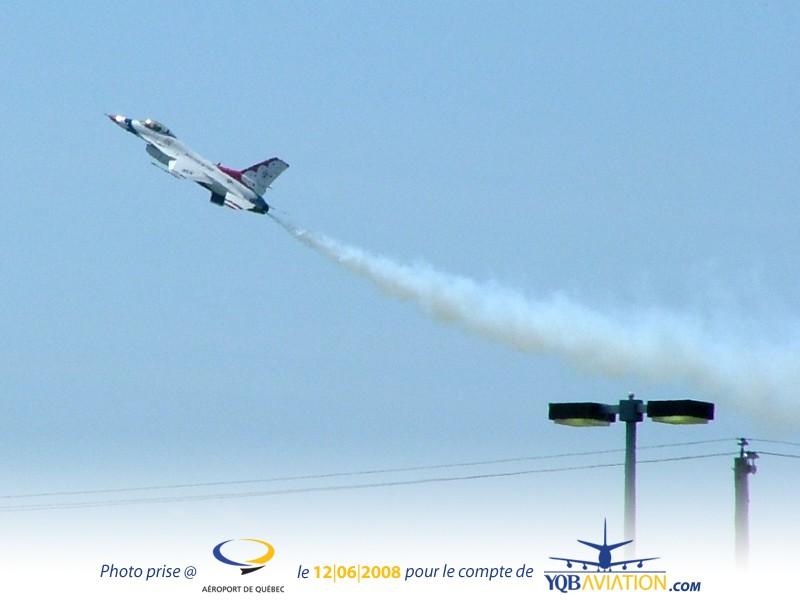 Plein de Photos du Quebec Air Show.... As110