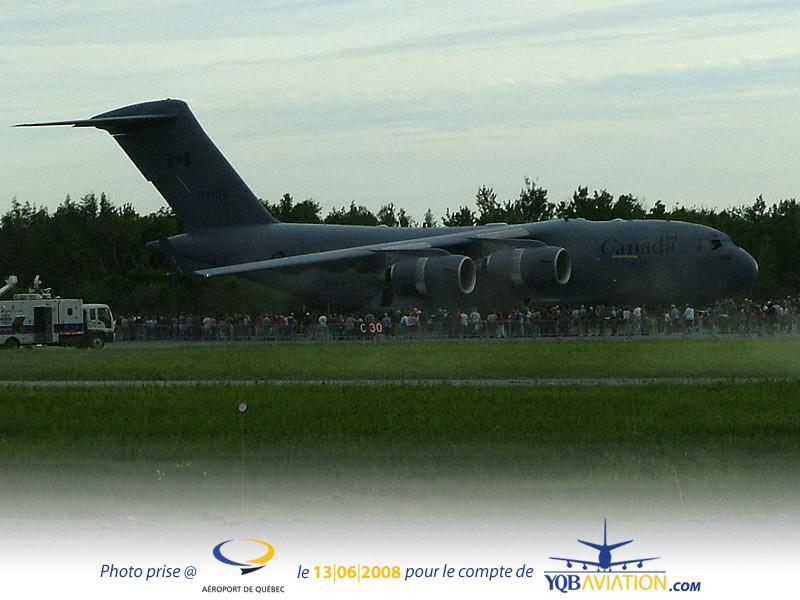 Plein de Photos du Quebec Air Show.... As1110
