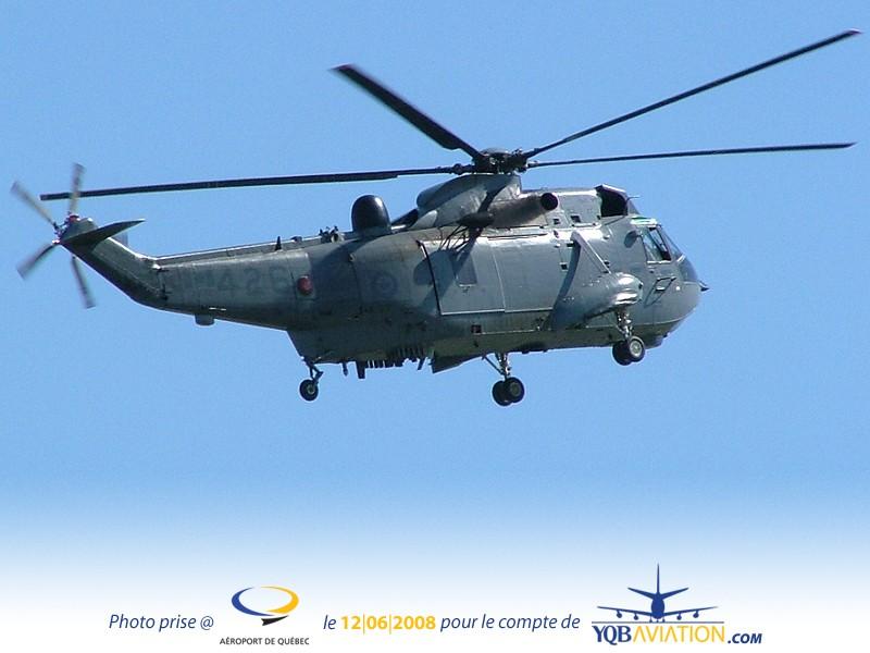 Plein de Photos du Quebec Air Show.... As510