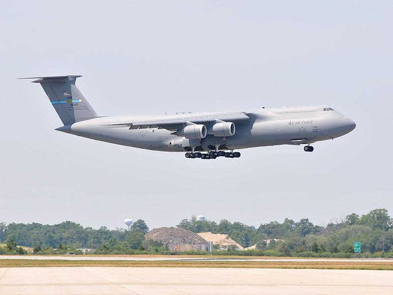 Quelque chose de différent... Dover AFB, Delaware Dover_11