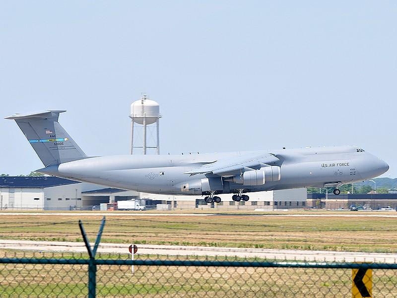 Quelque chose de différent... Dover AFB, Delaware Dover_14