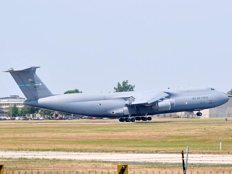 Quelque chose de différent... Dover AFB, Delaware Dover_24