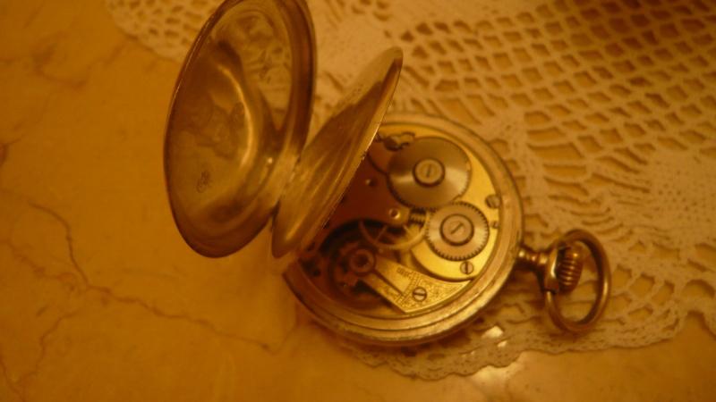 Ma  Plus Vieille Omega de poche P1020912