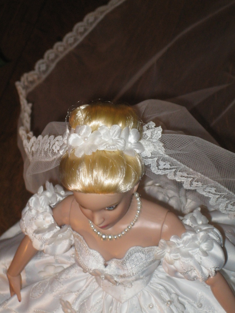 Les poupées mariées - Page 3 Robe_d21
