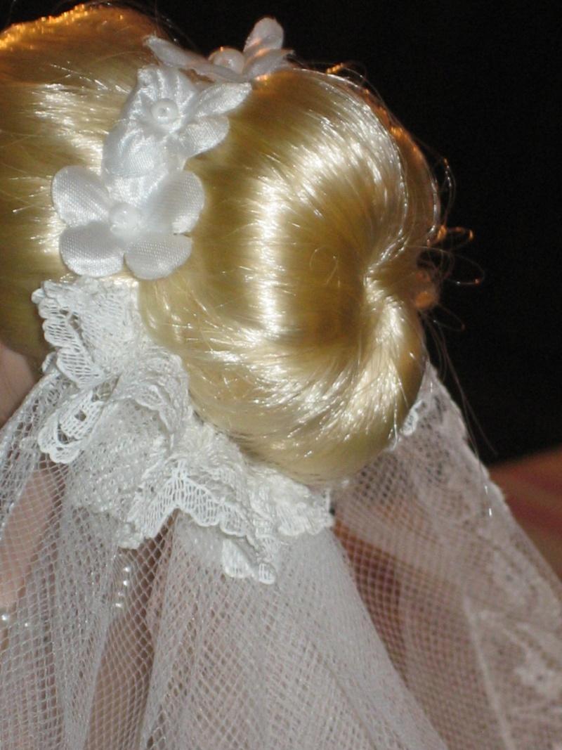 Les poupées mariées - Page 3 Robe_d23