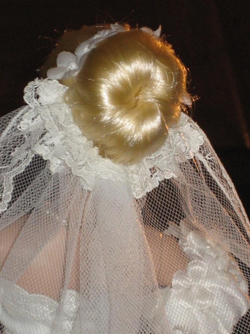 Les poupées mariées - Page 3 Robe_d24