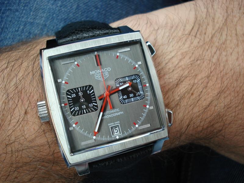 Feu de vos montres de pilote automobile - Page 6 Dsc01423