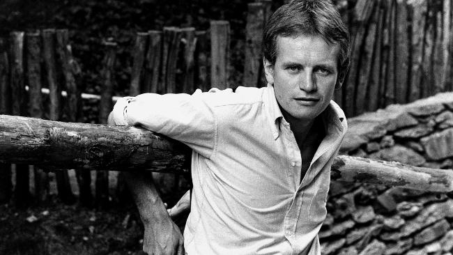 Bruce Chatwin A3666