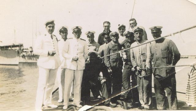 [Les traditions dans la Marine] Tenue dans la Marine- Tome 01 - Page 3 Aaa16