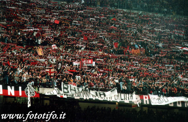 derby italiens - Page 2 20012039