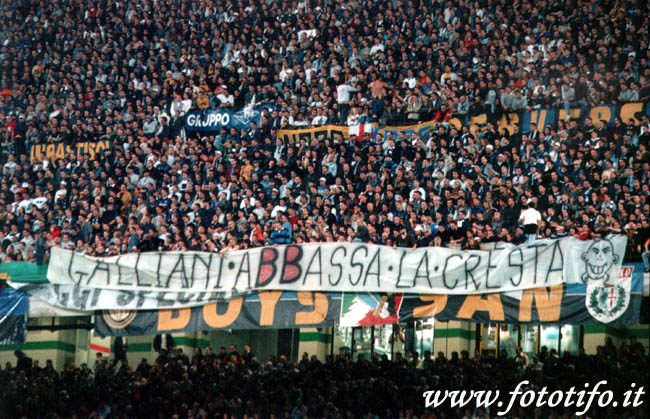 derby italiens - Page 2 20012042